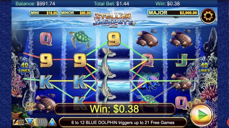 stellar jackpots with dolphin gold slot screenshot